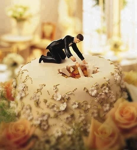 Свадебный топпер на торт с юмором